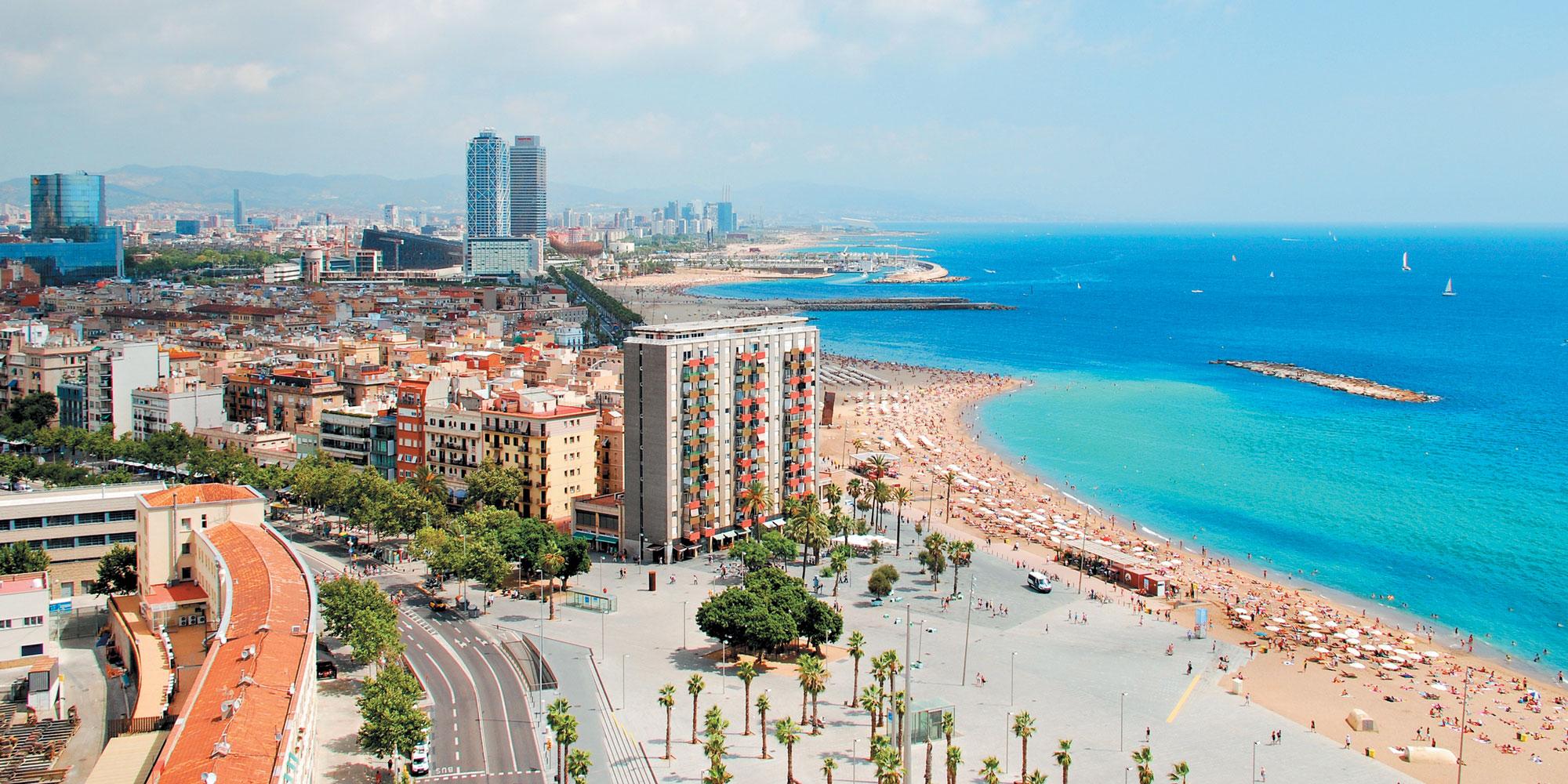 Барселона пляж обои на рабочий стол
